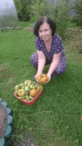 Урожай с огорода так и просится стать украшением натюрморта